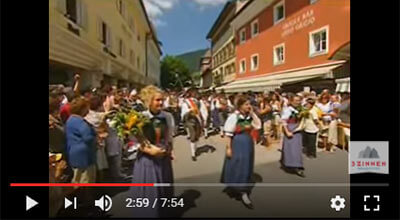 Kultur und Tradition in den Dolomiten